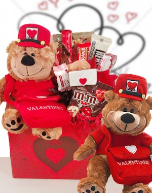 Special Delivery Valentine Bear Candy Bouquet imagerjs
