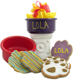 Decked Out Personalized Dog Dish Snack Set imagerjs