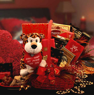The Wild Side Valentine Gift Basket imagerjs