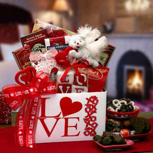 Cupid's Arrow Valentine Gift Box imagerjs