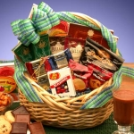 Kosher Snack Gift Basket