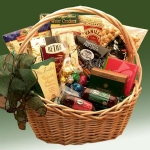 Crowd Pleaser Snack Gift Basket