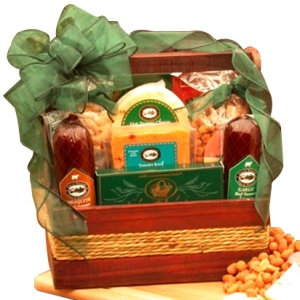 Sausage & Cheese Gift Tote imagerjs