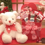 Valentine Kisses Teddy Bear Gift