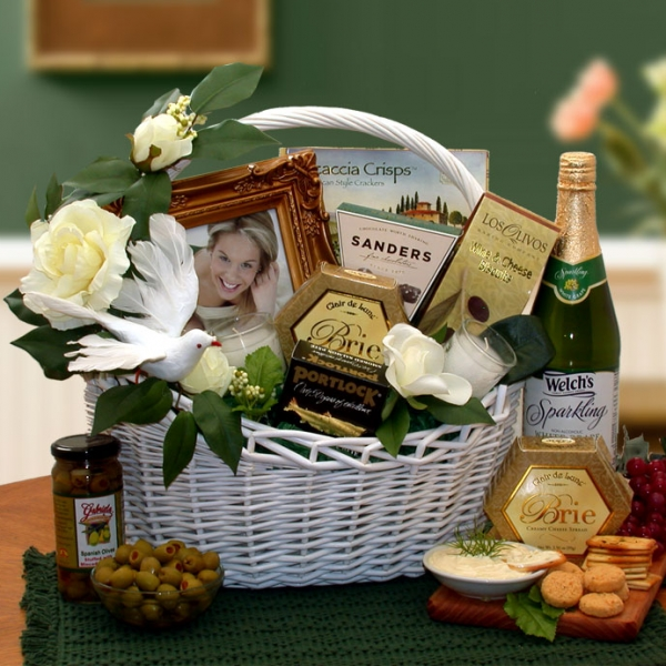 Gift Message For Wedding Gift : Best Wishes Wedding Gift Basket AAGiftsandBaskets.com