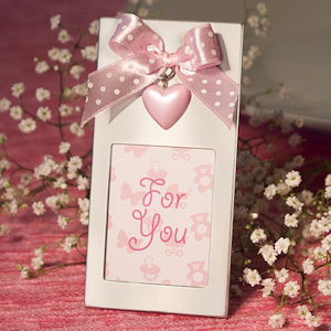 Baby Pink Heart and Bow Picture Frames imagerjs