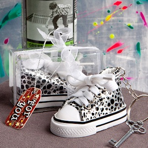 Oh-So-Cute Animal Print Sneaker Keychain imagerjs