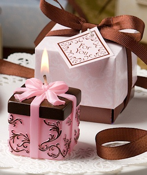 Pink and Chocolate Damask Candle Box Favors imagerjs
