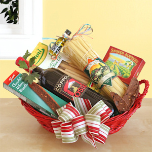 Coppola Prima Italian Wine & Dinner Christmas Basket imagerjs