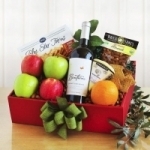 Organic Fruit & Wine Gift Box