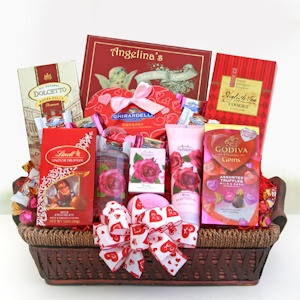 Be Mine Spa Basket with Chocolates imagerjs