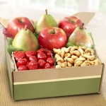 Capistrano Classic Fruit and Snack Box