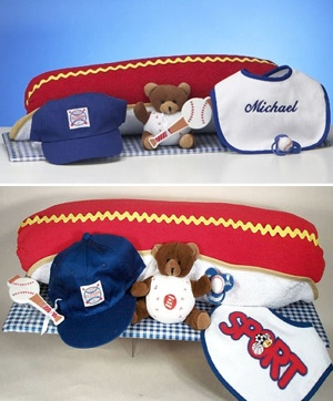 Hot Dog Baby Layette Gift Set imagerjs