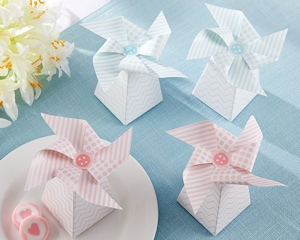 Pinwheel Favor Boxes - Pink or Blue (Set of 24) imagerjs