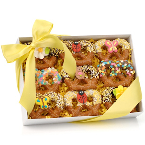 Spring Chocolate Pretzel Twists - Box of 9 imagerjs