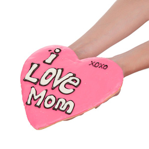 Love for Mom Giant Heart Shaped Sugar Cookie imagerjs