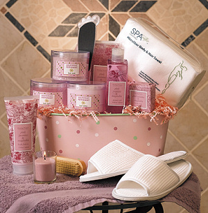 Refreshing Spa Gift Tub image