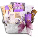 Ultimate Holiday Spa Gift Basket