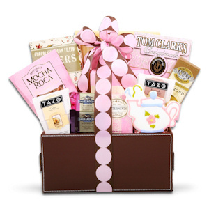 Pretty in Pink New Mom Gift Basket imagerjs