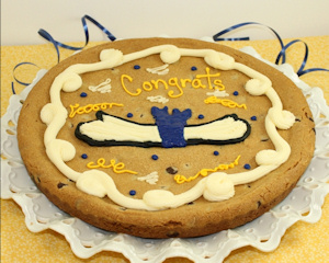 Congrats Grad Chocolate Chip Cookie Cake imagerjs
