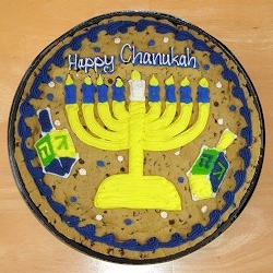 Chanukah Chocolate Chip Cookie Cake imagerjs