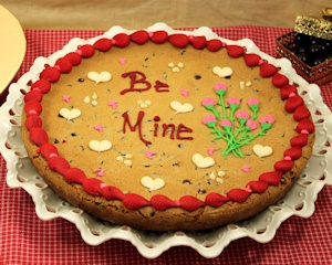 Valentine's Day Be Mine Cookie Cake imagerjs