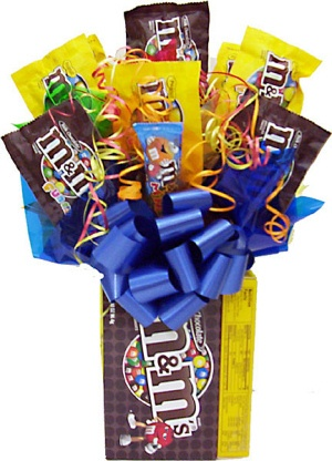 M&M Lovers Candy Bouquet image