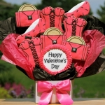 Stylish Valentine's Day Cookie Bouquet