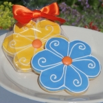 Bright Flower Cookie Party Favors (2 Colors)