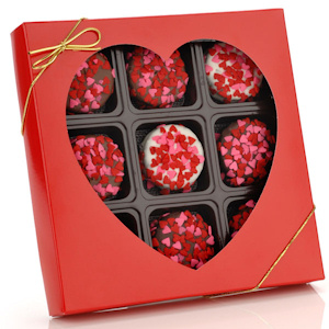 Heart Sprinkled Chocolate Dipped Oreo Gift Box image