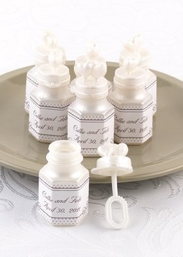 Heart Lid Wedding Bubbles (Set of 24) image