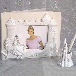 Knight in Shining Armor Wedding Accessory Set image