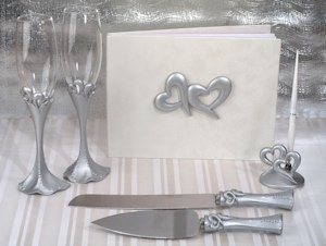 Two Hearts That Beat as One Reception Accessory Set image
