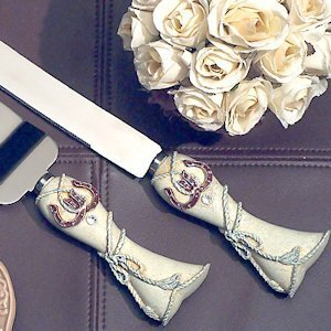 Lucky in Love Western Wedding Cake and Knife Set image
