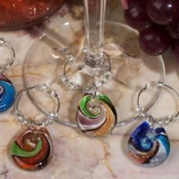 Murano Design Glass Teardrop Wine Charm Favors