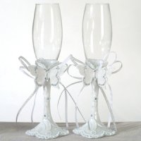 Elegant Butterfly Toasting Flutes