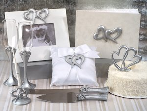 Deluxe Two Hearts That Beat as One Accessory Set image