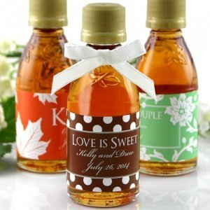 Sweet Silhouettes Personalized Maple Syrup Favors image