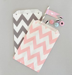 Chevron & Dots Goodie Bags (Set of 12) image