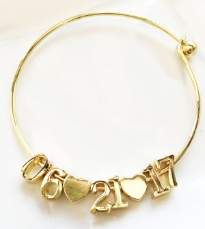 Personalized Gold Date Bracelet image