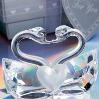 Choice Crystal Kissing Swans Figurine