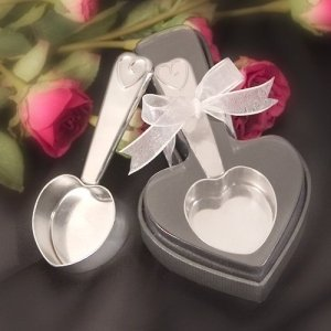 Gift Boxed Heart Shaped Coffee Scoop Wedding Souvenir image
