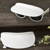 Unique White Sunglass and Visor Combination Favors