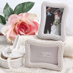 Pearl Place Card/Photo Holders image