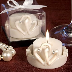 Interlocking Hearts Candles image