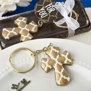 Gold Cross Key Chain with Hampton Link Design Favors image