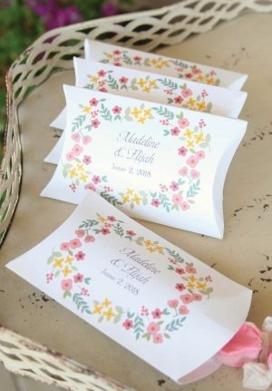 Personalized Retro Floral Favor Box (Set of 50) image