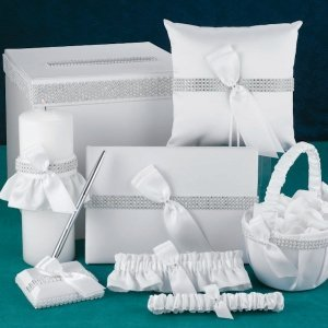 Bling Wedding Accessory Set image