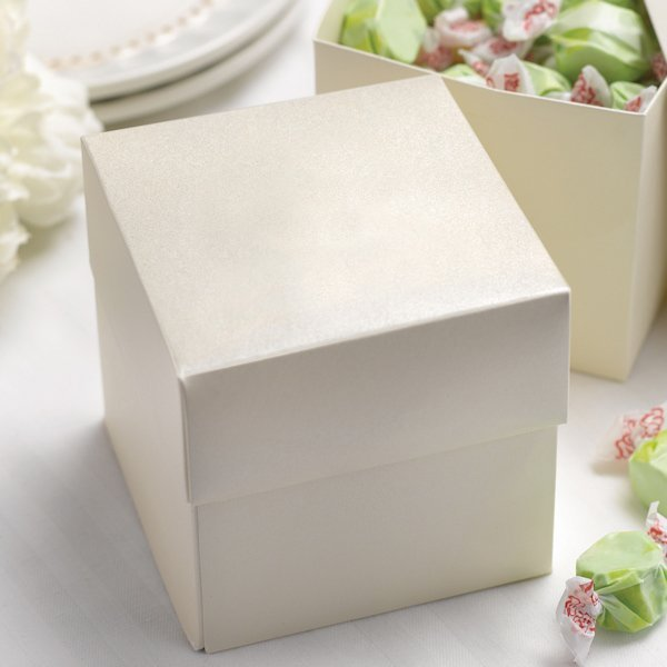 unique wedding cake boxes ivory personalized cake or cupcake favor boxes set of 25 21434