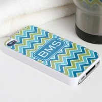 Chevron Personalized iPhone 4 Cover (2 Colors)